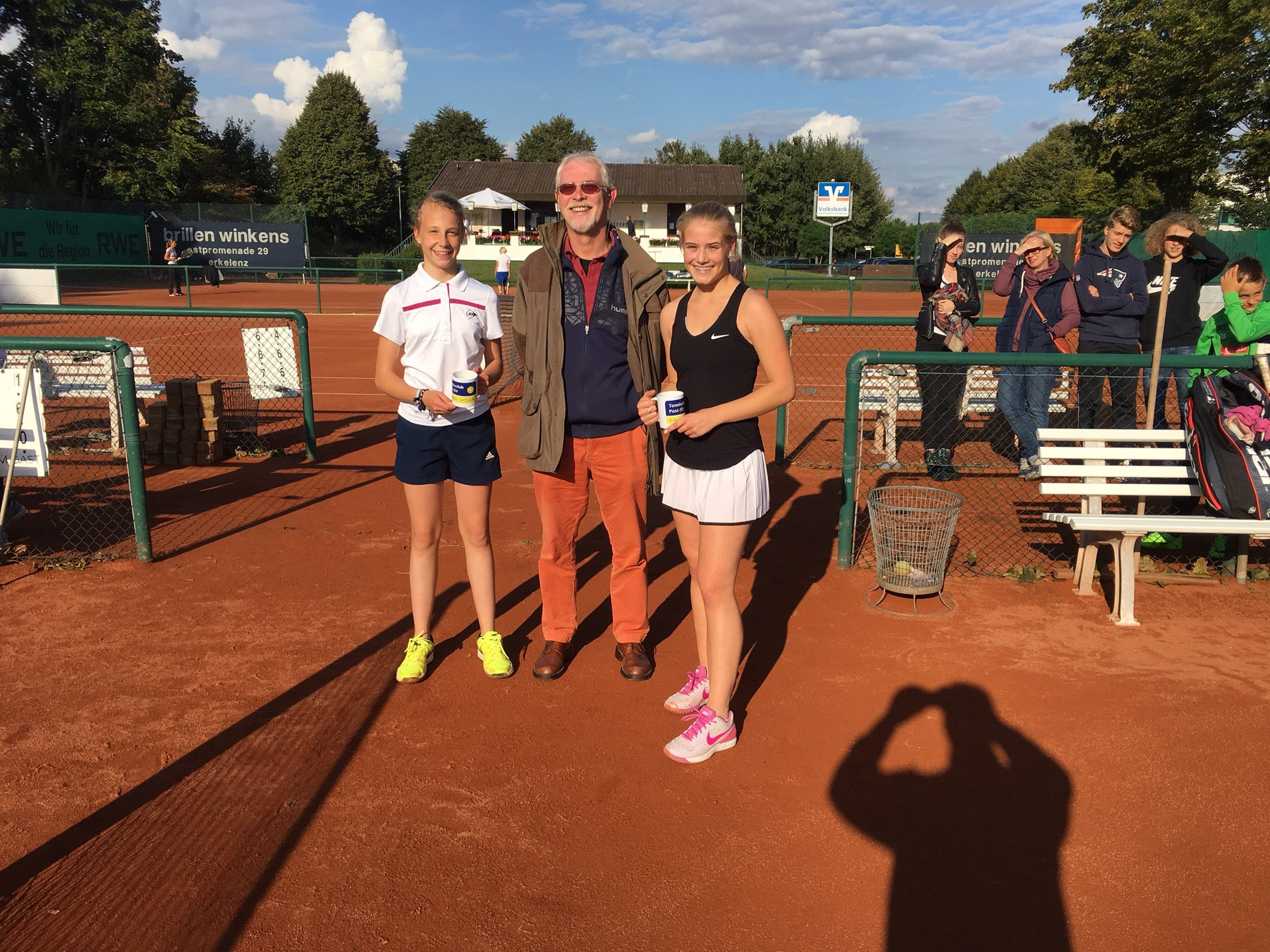 v.l. Julia Kiwit, Rüdiger Röttger, Lea Bregenhorn